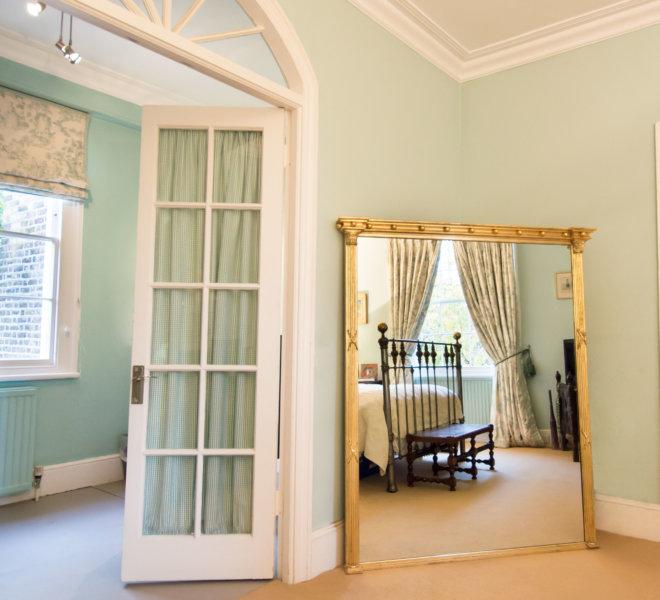 No34-standing-bedroom