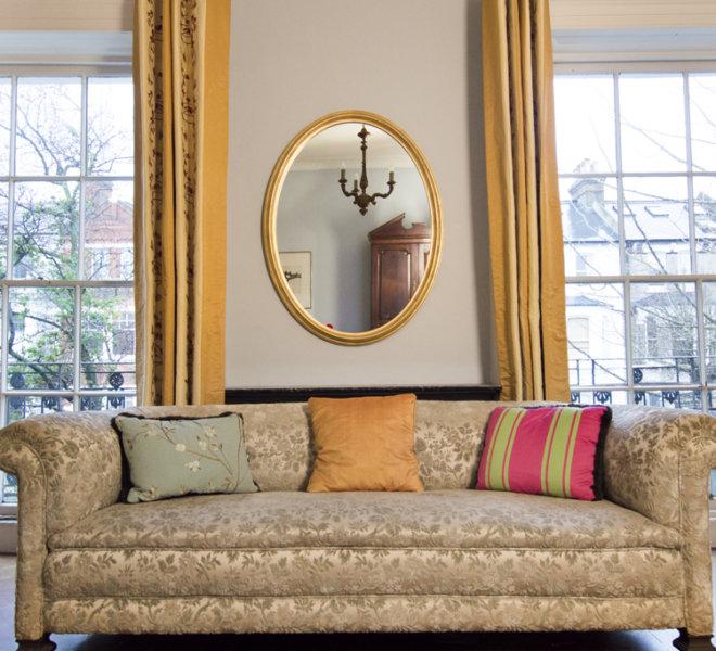 oval-sofa