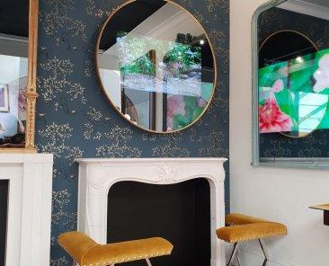 Our Round Slimline TV mirror