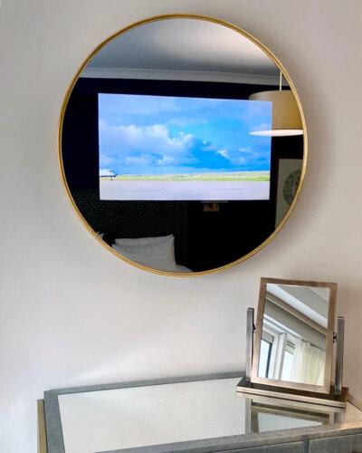 2020_Overmantels_Augustus-Brandt_No68-Slimline-Round-TV-Mirror-4_LR