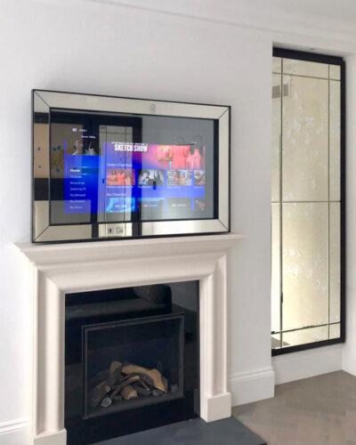 2020_Overmantels_LaRock_No70-Modern-Border-TV-Mirror-ON_LR